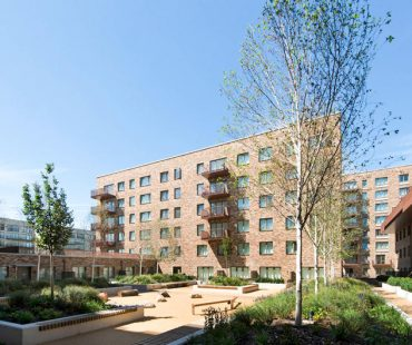 Royal Albert Wharf for Galliford_Try_by Acer Landscapes Ltd-