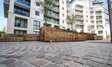 Kew Bridge for St. James by Acer Landscapes Ltd